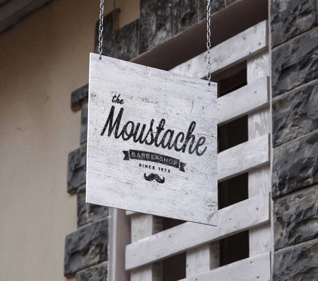 rotulo.moustache