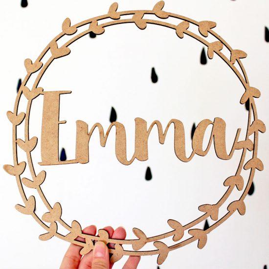 Corona de madera personalizada